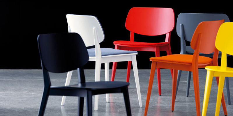 Sedie in legno moderne sedie di design in offerta for Sedie moderne per tavolo in legno