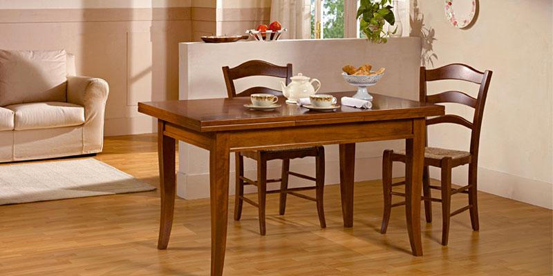 catalogo tavoli classici in legno massello progetto sedia